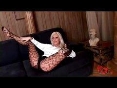 Lengthy lady hottie in pantyhose