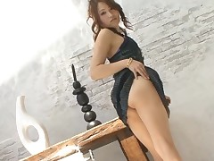 Horny Japanese chick ravishes a lusty jock with her face hole