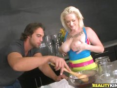 Breasty blonde Alyssa cooks up something perverted